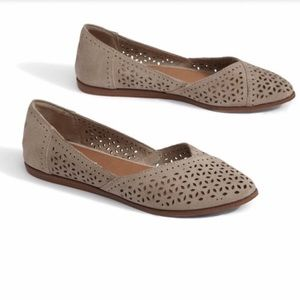 TOMS flat loafers